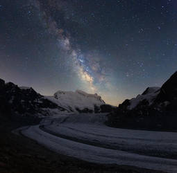 Milky Way over Grand Combin by RobertoBertero