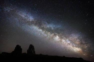 Guardians of the Universe by RobertoBertero