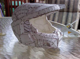 HD Halo Helmet Papercraft by ezaeth