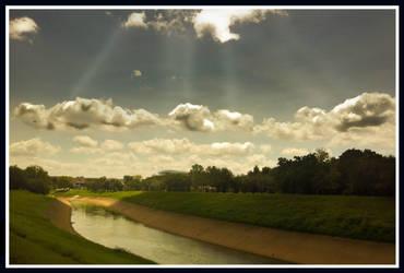 Clouds on duty . by samiralrajab
