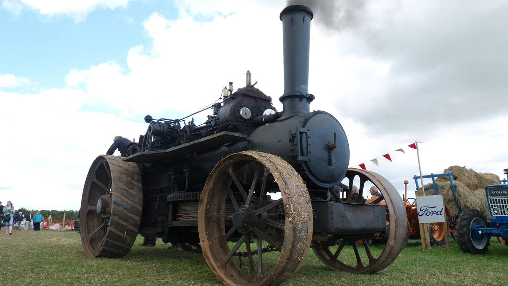 Traction Engine- Kingsbridge Vintage Rally 2011 by SuicideNeil