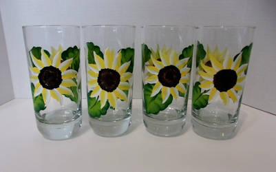 Hand Painted Sunflower glasses by sweetpie2