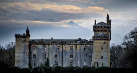 Abandoned castle XI by lyyy971