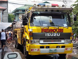Isuzu 810 water tanker by Rodd929