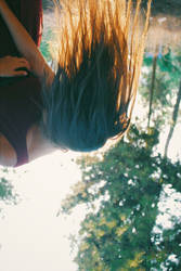 Falling by LNePrZ