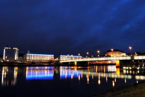 Danube bridge at night by kauf-mich