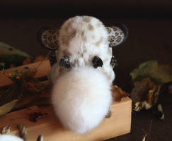 Inari Fox: Spotted beige with horns and wings 2 by Santani