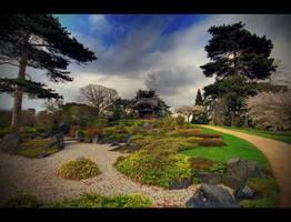 Japanese Garden by tweeny