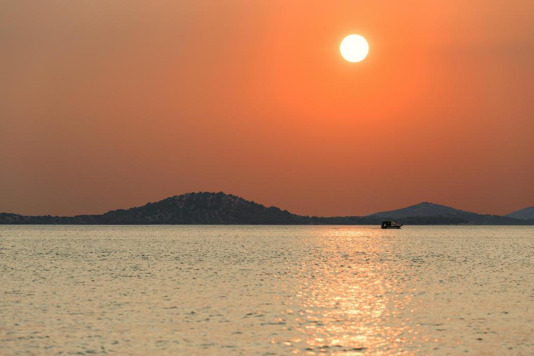 Sailing On by hrvojemihajlic