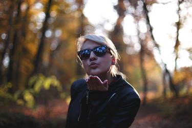 Autumn Kiss by hrvojemihajlic