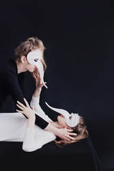 A monodrama played by two by hybridre