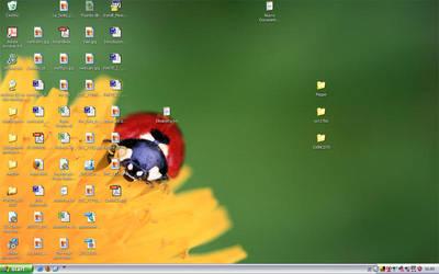 Desktop by gltvisualart