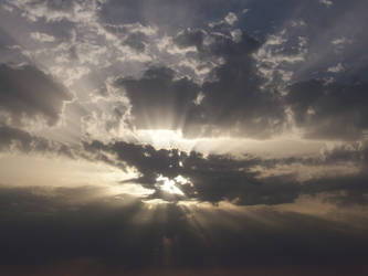 Sunny cloud by Liilalia