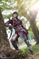 Female Hawke cosplay Dragon Age 2 by DrosselTira