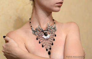 Necklace 'Ours is the fury' by Madormidera
