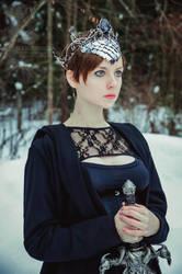 Crown 'Maria Morevna' by Madormidera