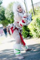 Nidalee Snow Bunny cosplay by Aure-magik