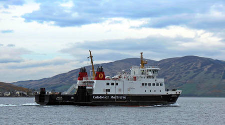 The ARGYLE leaving Bute... by UdoChristmann