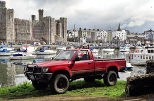 Castle and car ( new edit ) by UdoChristmann