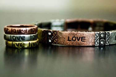 love by missyay