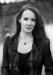 Simone Simons by vikygrafikk
