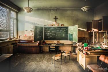 School by acidedcom