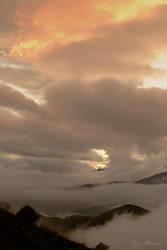 Un paseo por las nubes III. by EloyMR