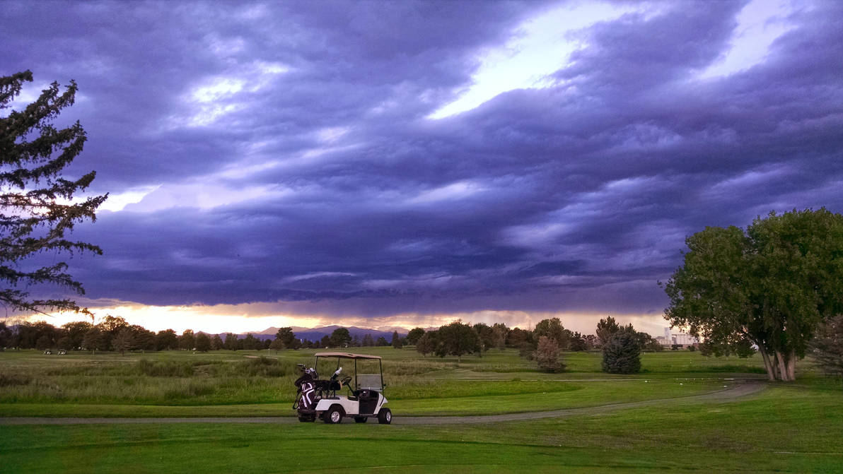 Lonely Golf Cart by satsui