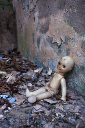 The adventure of one abandoned loveless doll. by LordBurevestnik