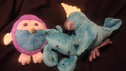 TWO BIRBS AND A CREB by AomiArmster