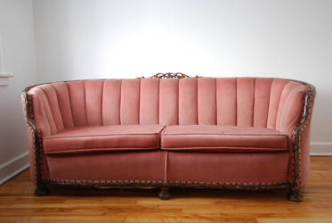 Pink couch 1 by Yukkabelle
