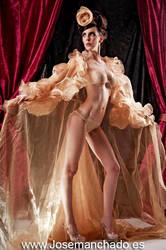 Queen of the party by josemanchado