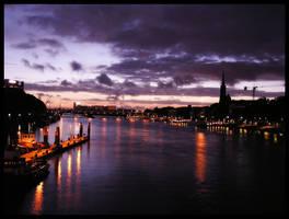 Bremen at night by Kirika-Ayanami