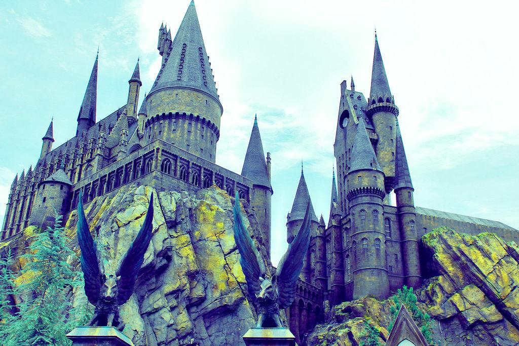 hogwarts Blue by JaasielVilla