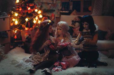 Christmas I by AzureFantoccini