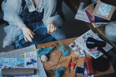 Knitting II by AzureFantoccini