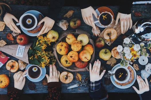 Autumn tea party I by AzureFantoccini