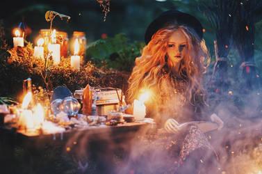 wicca III by AzureFantoccini