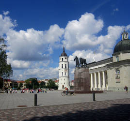 Cathedral Square, Vilnius by amadina