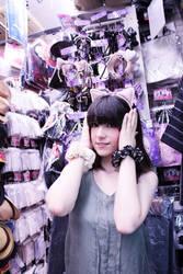 Shopaholic girl by NyanRuki