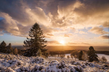 Winters Eve by artmobe