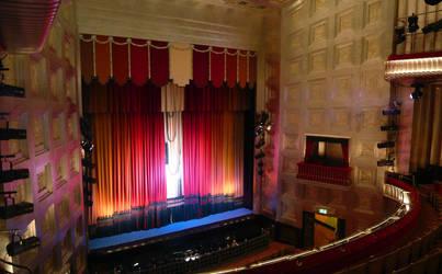 Savoy Theatre by iainhallam