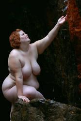 Round Bathing Beauty v1 by kassandria