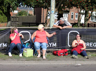 Great North Run Spectators 2016 by elliotbuttons