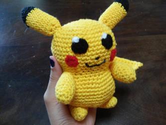 Crochet Pikachu by KururuRyu