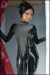 Hollywood Geisha Latex Shower by stevedietgoedde