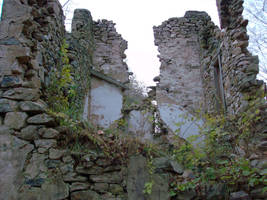 Ruins at Springton by dendem