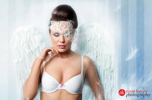 Angel Monika by tysmin