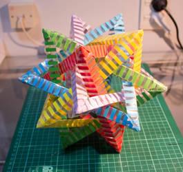 Laminated 5 Intersecting Tetrahedra by Jiekai