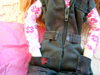 Kaylee, waist detail by jauncourt